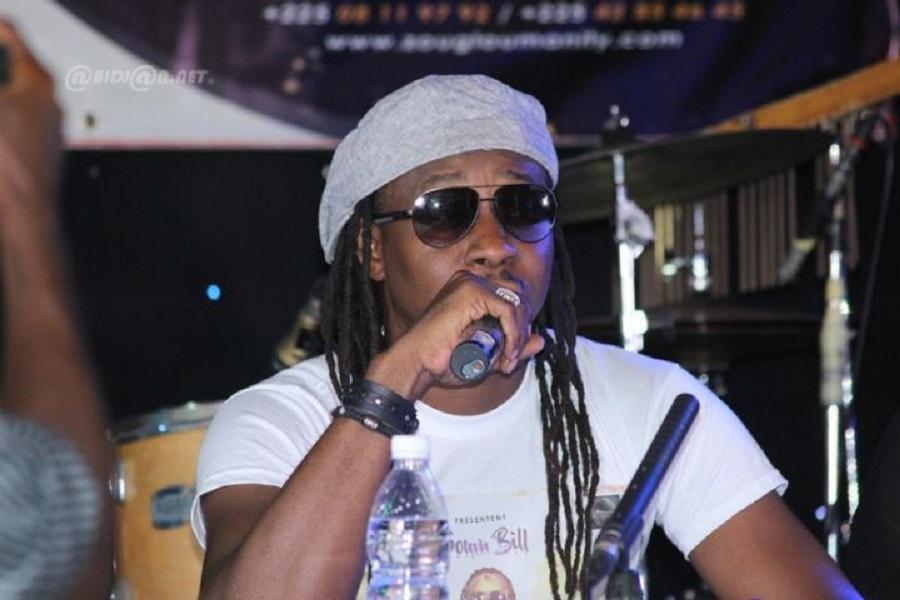 Le chanteur ivoirien, Soum Soum Bill hausse le ton, et exige lui aussi la libération du rappeur Valsero